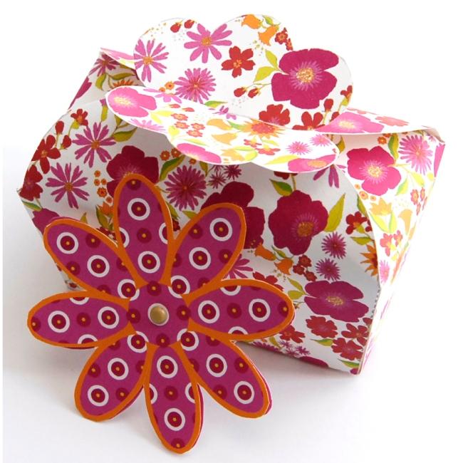 boite cadeau coffret fleurie à imprimer gratuitement