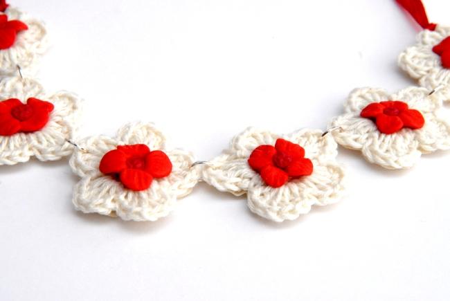 collier crochet fleur fimo 3