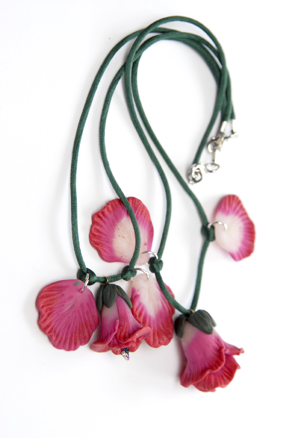 collier pendentif fleur en fimo 4