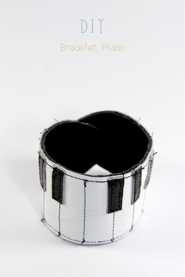 DIY bracelet piano en cuir Leather bracelet 1