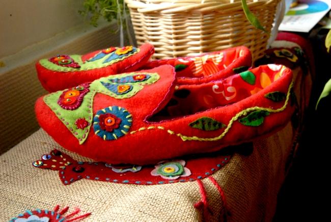 DIY chausson en feutre esprit bohème 6