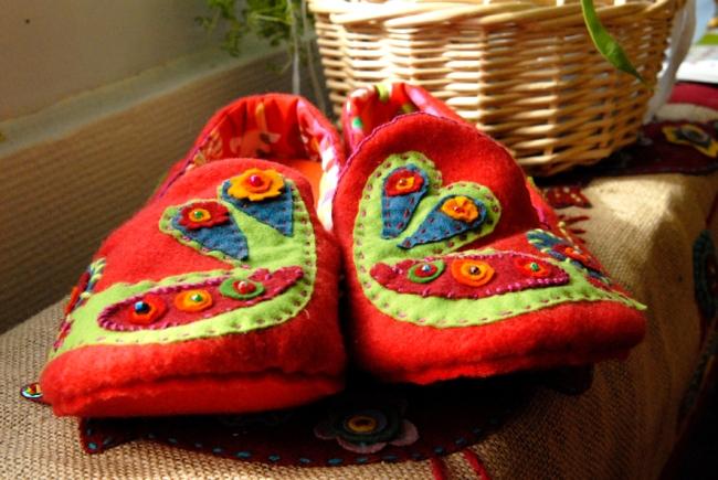 DIY chausson en feutre esprit bohème 7