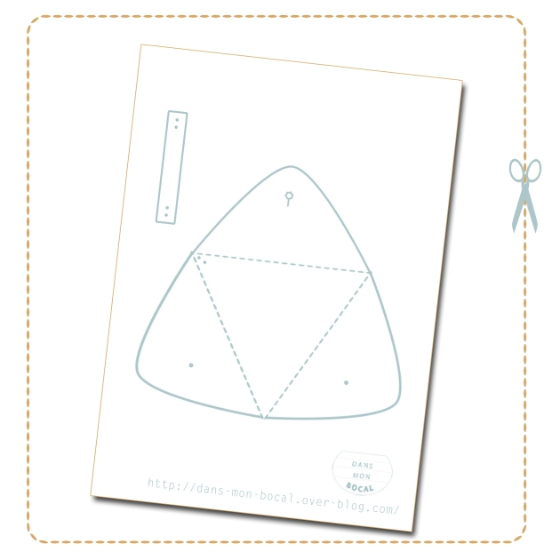 DIY triangle leather pouch pattern