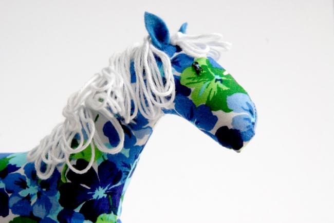 doudou cheval fleur tete