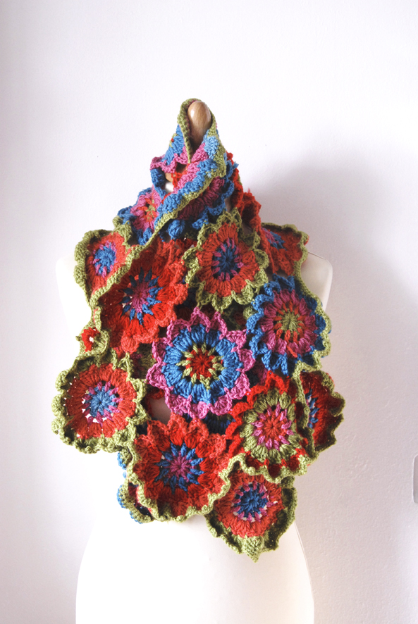 echarpe fleur au crochet s2