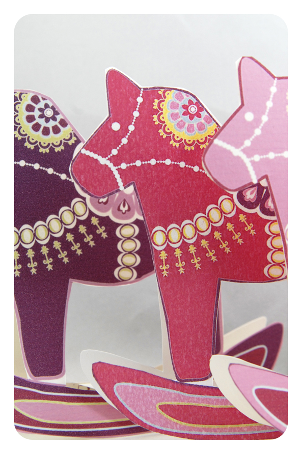 free printable christmas ornement dala horse 2