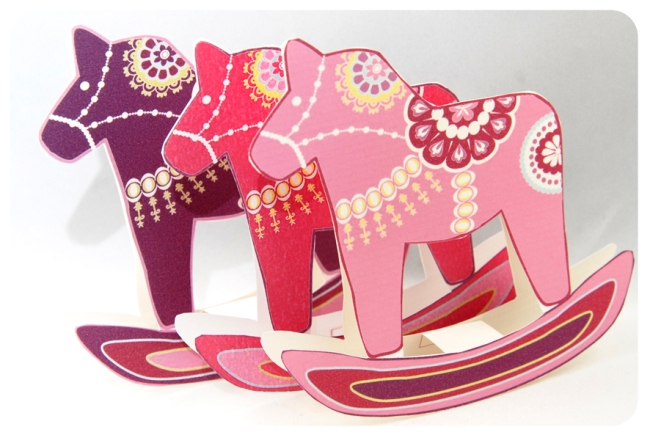free printable christmas ornement dala horse 5