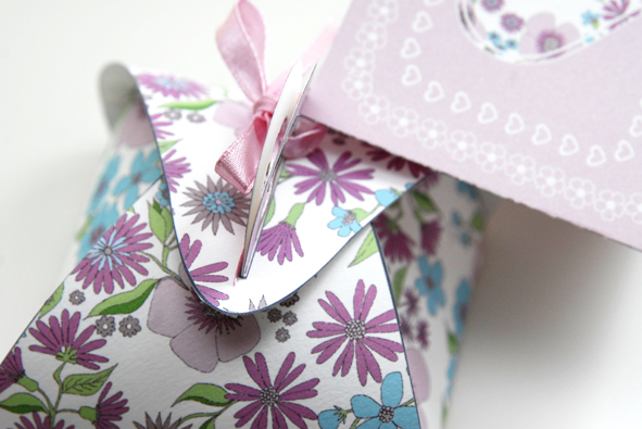 free printable gift box gratuit boite cadeau 1