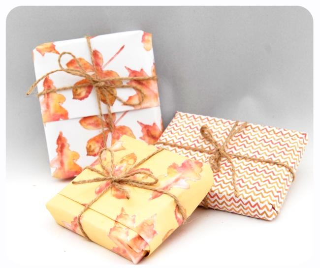 free printable gift paper gratuit papier cadeau