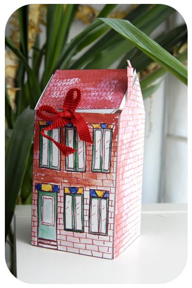 free printable house gift box boite cadeau maison à imprimer 5