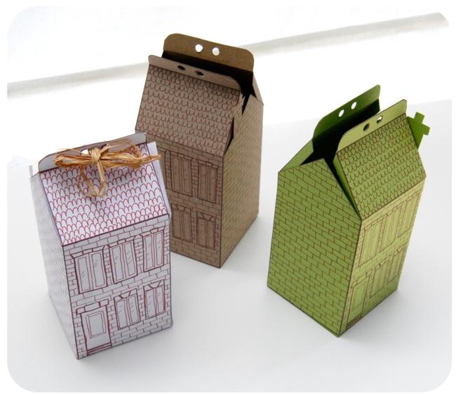 free printable house gift box boite cadeau mini maison à colorier 2