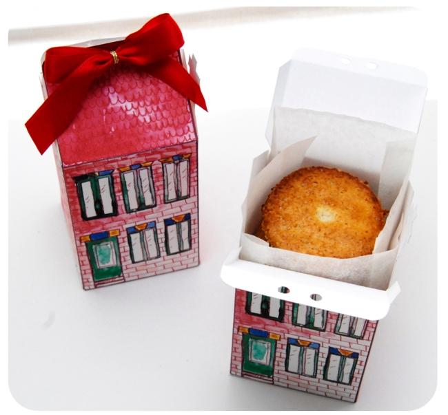 free printable house gift box boite cadeau mini maison à imprimer 5