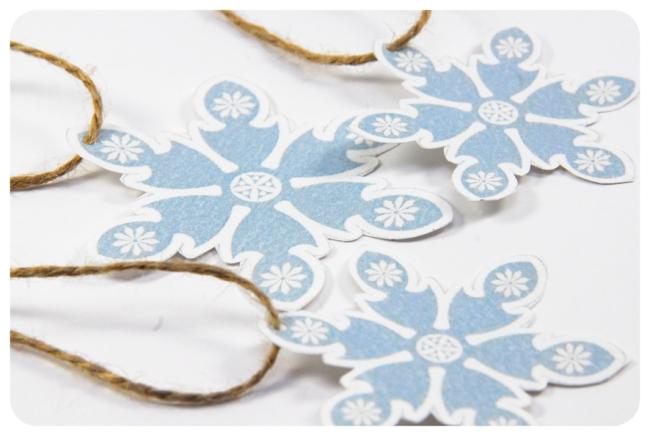 free printable snowflake tag