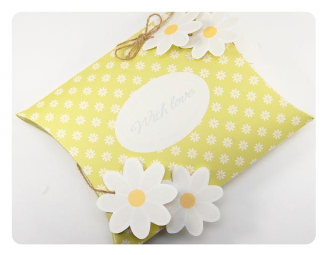 free printable valentine pilow box 7