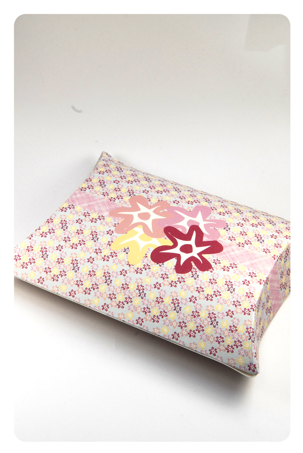 free printable valentine pilow box flower pattern 3