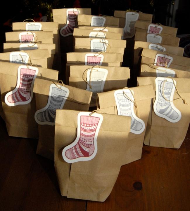 gratuit étiquette pour cadeau chaussette de noel photo 2
