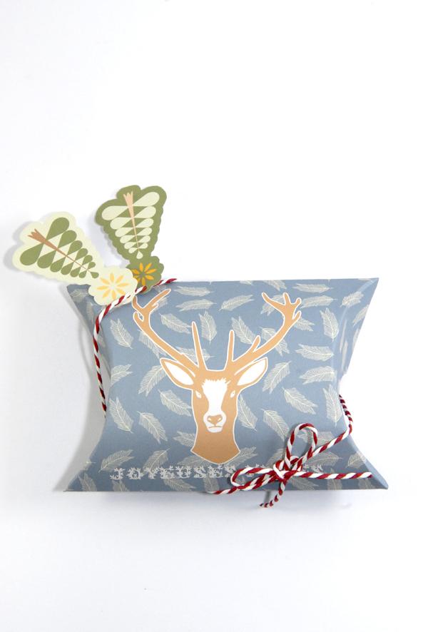 free printable christmass box fond gris