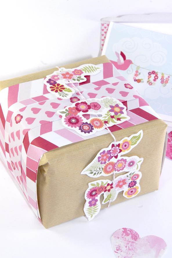 free printable valentine paper wrap 2