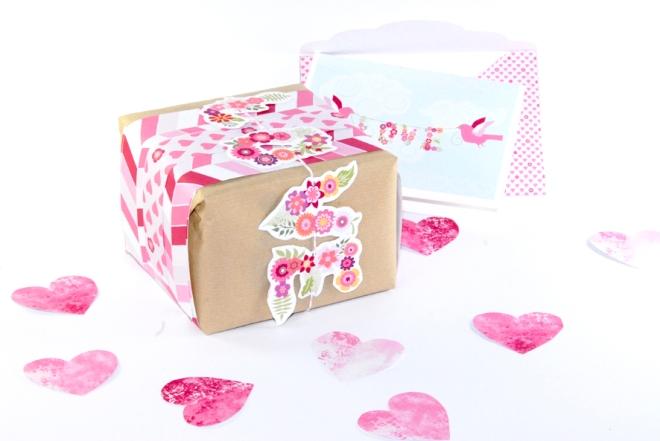 free printable valentine paper wrap 3