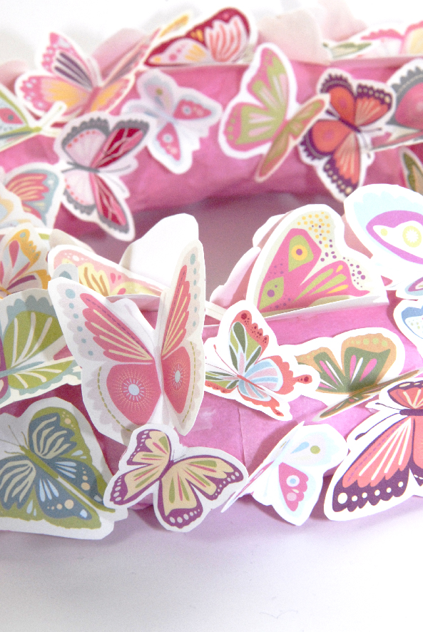 free printalble butterfly wreath 1