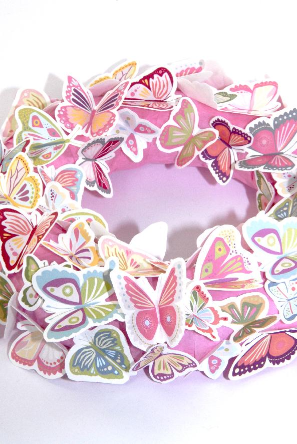 free printalble butterfly wreath 2