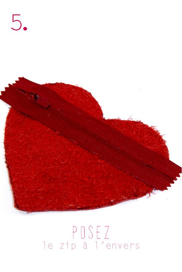 tuto porte monaie coeur en cuir rouge 5