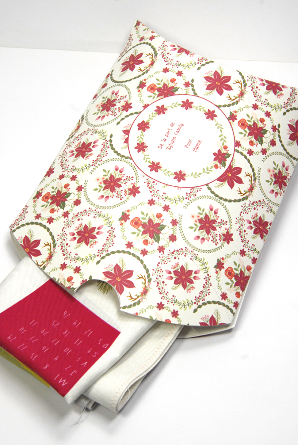 gratuit-boite-cadeau-a-imprimer-free-printable-gift-box-poinsettia-christmas