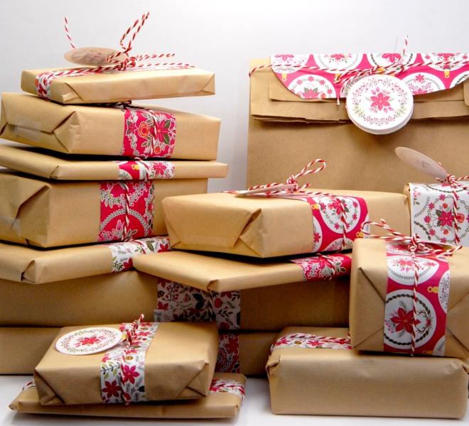 gratuit-papier-cadeau-motif-poinsettia-free-printable-christmas-wrap-3