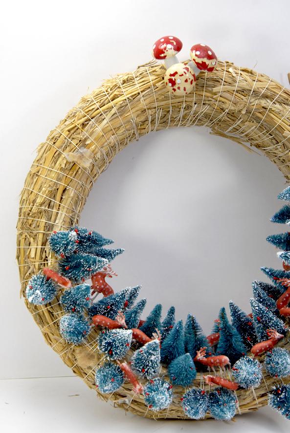 couronn-de-porte-sapin-et-biche-wreath-1