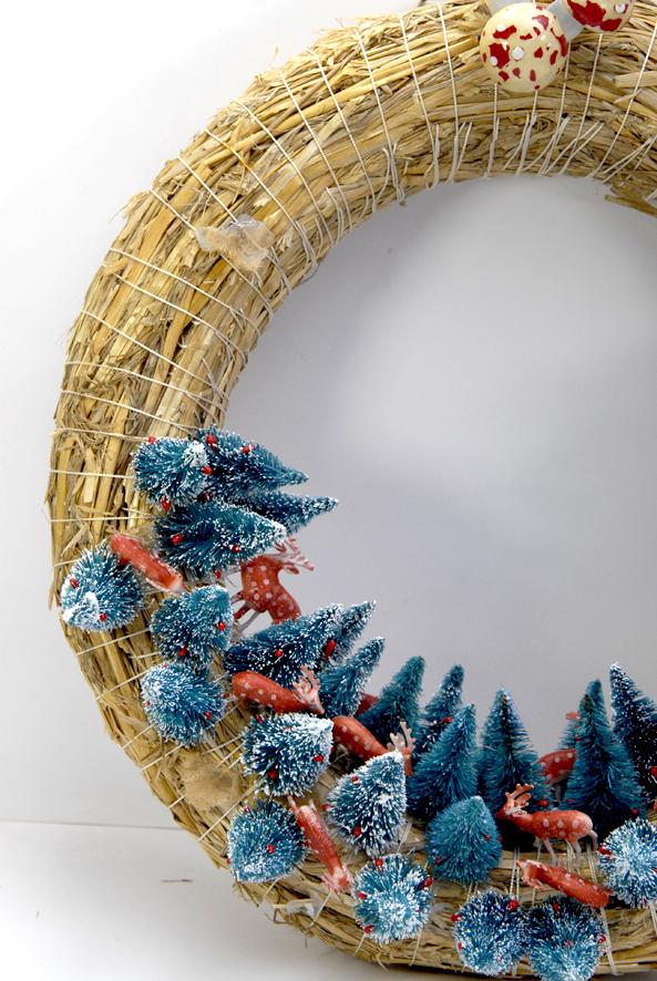 couronn-de-porte-sapin-et-biche-wreath-3