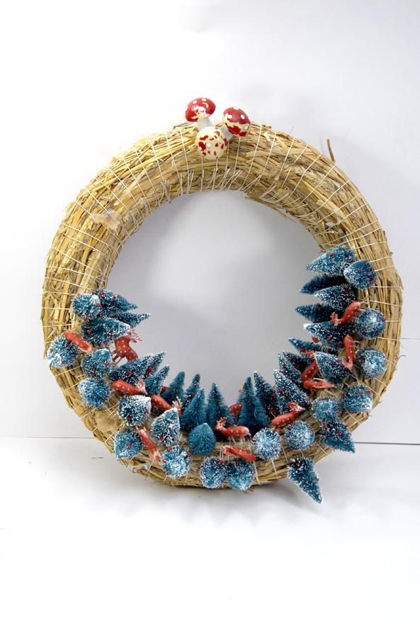 couronn-de-porte-sapin-et-biche-wreath-4